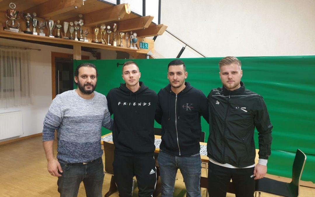 FC 08 setzt weiter auf die Jugend – Vertrag mit Bender und Benz vorzeitig verlängert